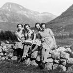28 Husbysetra 1930 setertauser Mildri Husby, Aslaug Kalseth, Ane Kvendset, Øyå og Signe Halle
