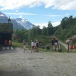 Innerdalshytta_valfart av turister_3540