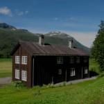 hus sett fra vegen