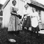 15 Ramsøysetra 1918, Borghild Ramsøy,Marit Kjerem og Marit Heggøy