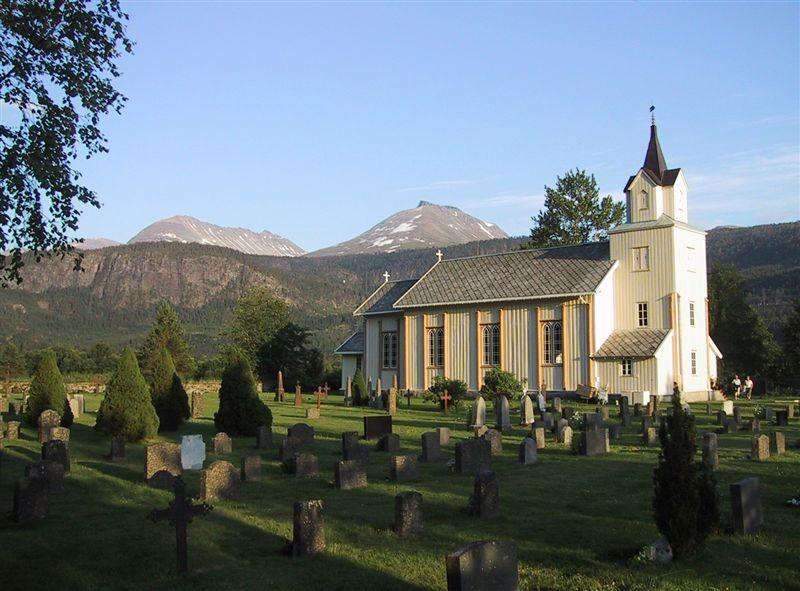 Todalen  Kyrkje