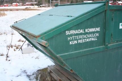 Konteiner for hytterenovasjon ved fabrikken