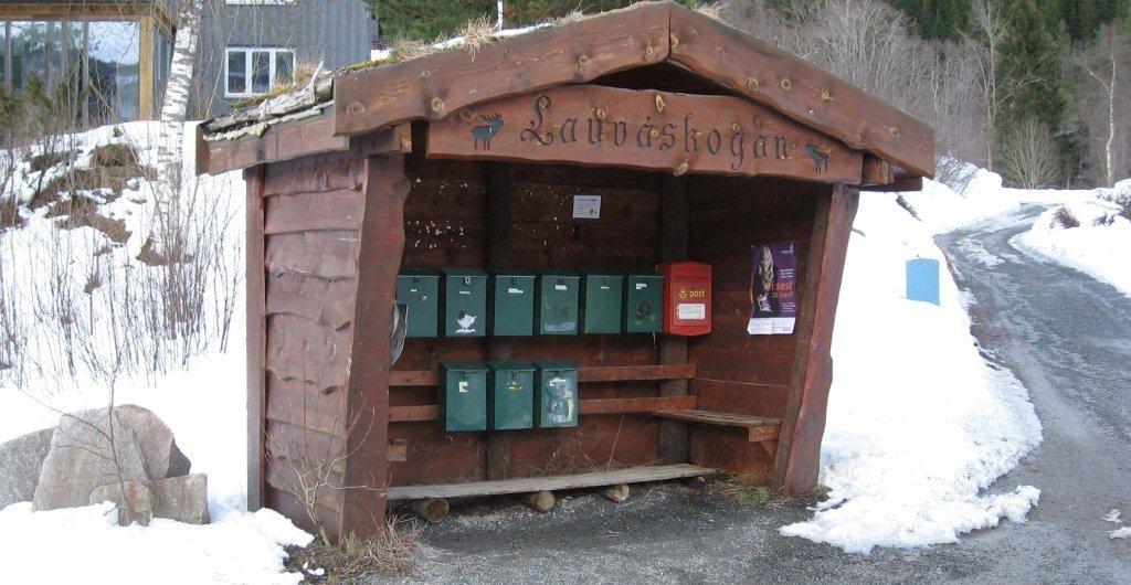 Postkasser  fikk  juling…