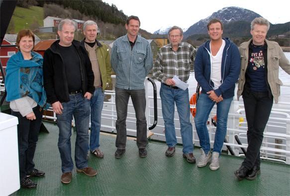 Farra  fjor'n  –  bli  med  til  Ålvundfjorden
