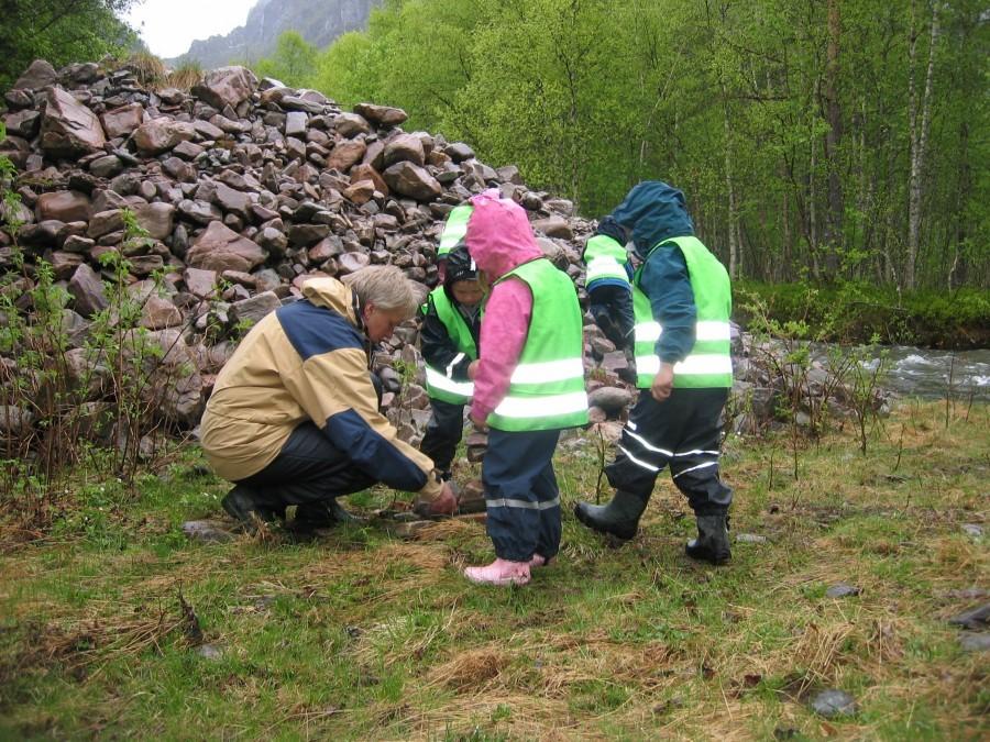 Barnehagen startar på igjen - kanskje det blir mykje uteaktivtetar utover våren?  Arkivfoto: Todalen.no