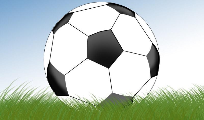 Bli  med  å  spille  fotball