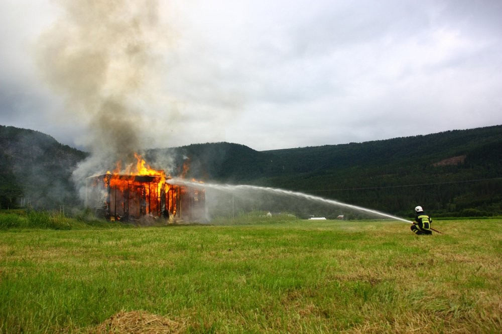 Brannøving i Pestua