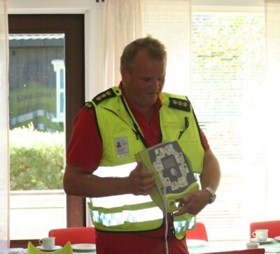 Hjartestartaren som er tilgjengeleg i Todalen. Foto: Ole Petter Talgø