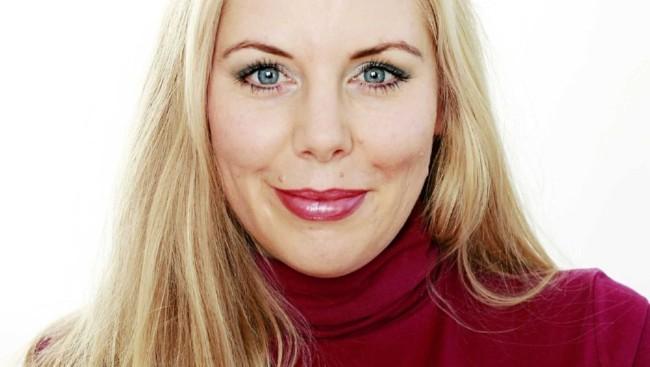 Anbjørg Sætre Håtun skal bruke overeksponerte kjendiser i nytt program! thumbnail