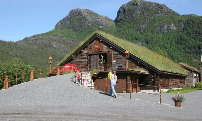 Kårvatn Fjellustyr Arkivfoto: Todalen.no