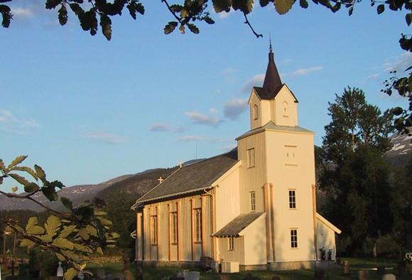 Todalen kyrkje.   Arkivfoto: Jon Olav Ørsal