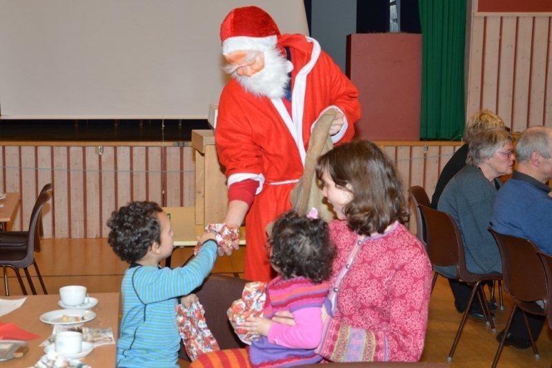 Runda  av  med  juletrefest