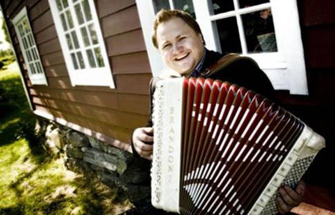 Trekkspelkonsert  og  gode  historier  i  Skulstuå  (oppdatert)