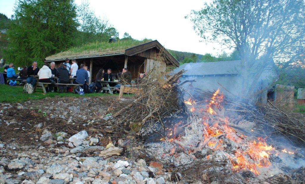 Tradisjonell  pinsefeiring  på  Nordvik
