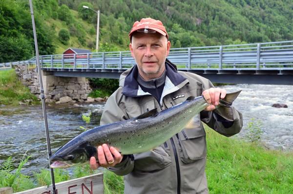 Laksefisket  fortsett  –  ingen  endring