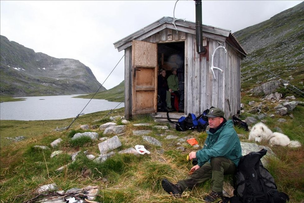 TT får bygge hytte i Naustådalen