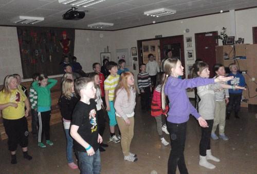 BlimE-dans  i  oppvekstsentret