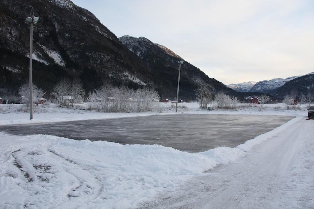 Snart klart for ishockeykampar igjen