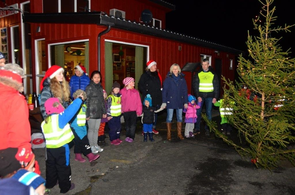 Vi klapper i hendene, så gla er vi .....  Foto: Jon Olav Ørsal