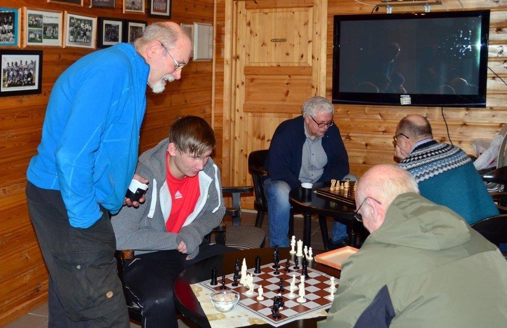Kom og bli med på sjakk, oppmodar Trygve Halle.  Arkivfoto: Jon Olav Ørsal