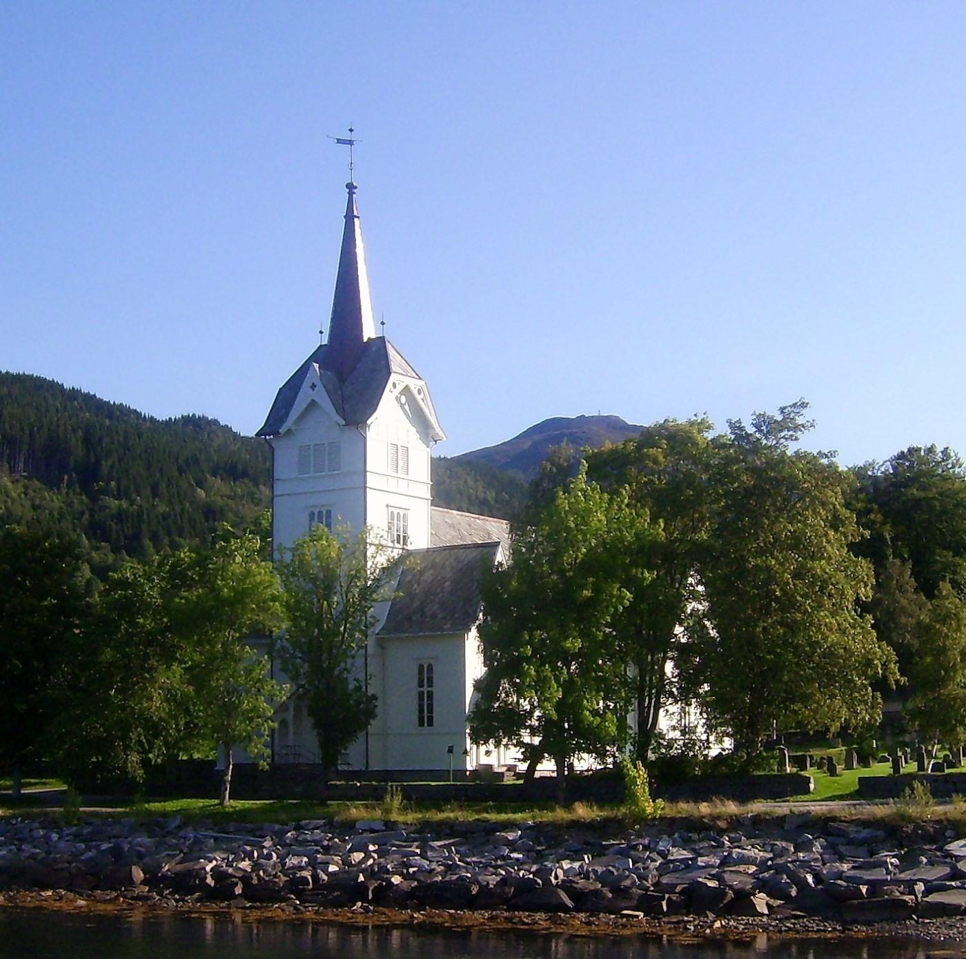 Stangvik kyrkje frå 1897 a