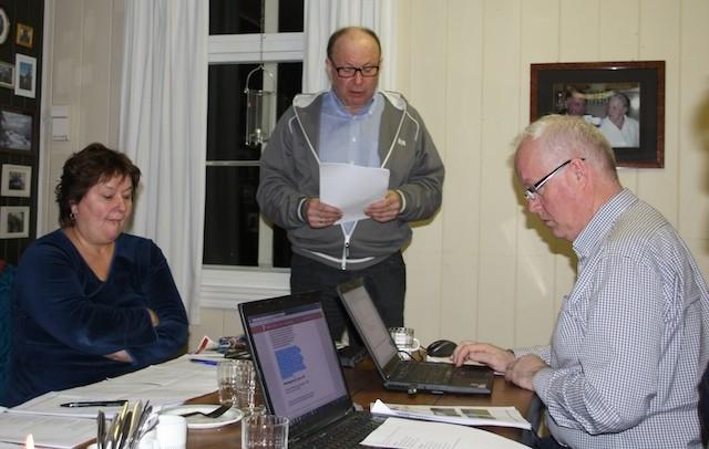 Leiar i valgkomiteen var Terje Nordvik. Litt utfordringar hadde han og resten av komiteen hatt, men kom nesten i mål til slutt.