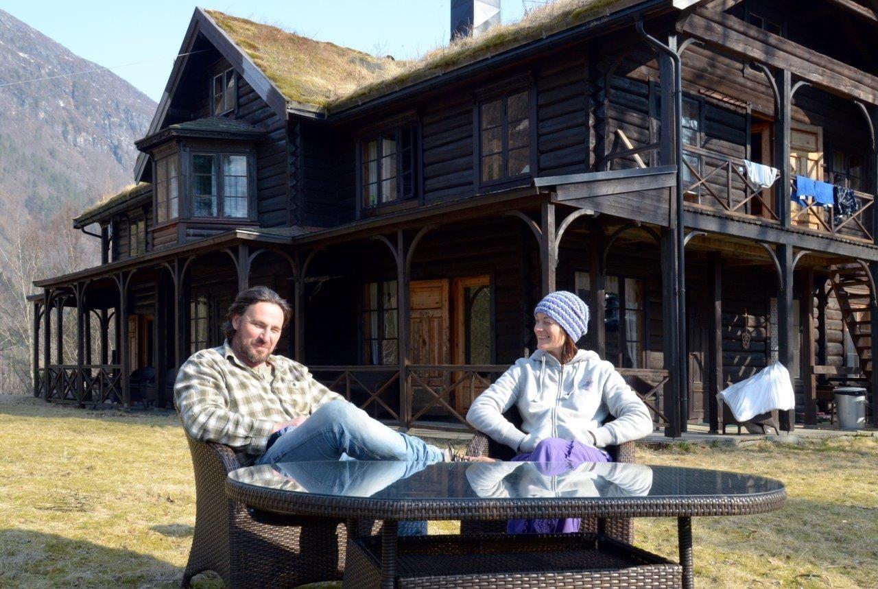 Det nye vertskapet på Todalshytta i sommar blir Eric Malling og Helene Ness.   Foto: Jon Olav Ørsal