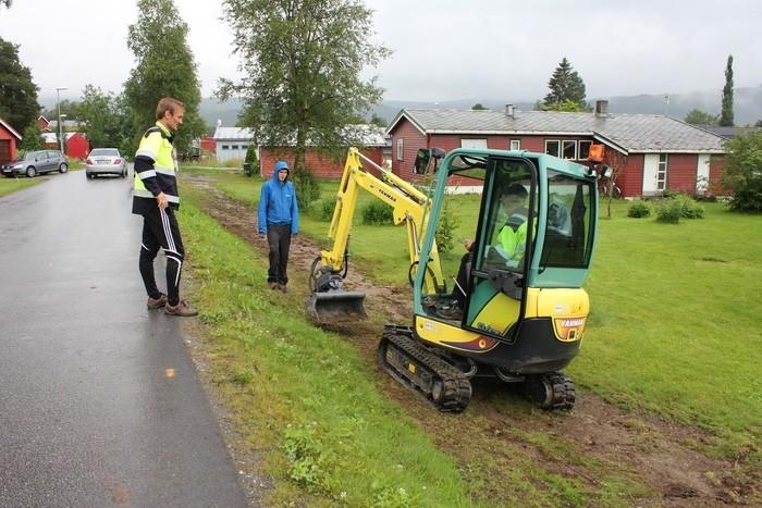 Svorka Aksess ved legging av fiberkabel i Rindal. Foto: Trollheimsporten.