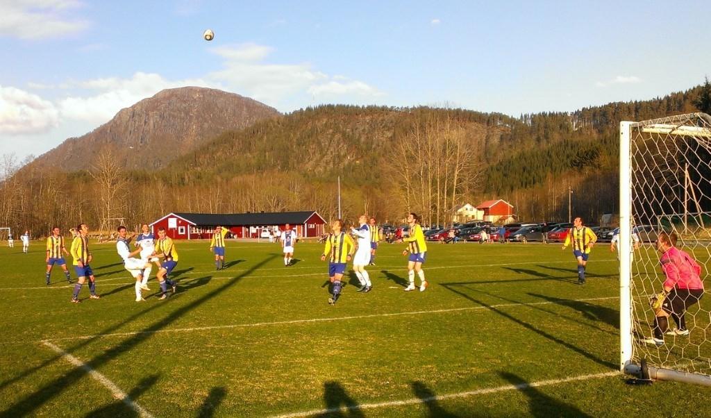 Frå første kampen som gikk på Søyabanen.  Foto: www.ilsoya.no