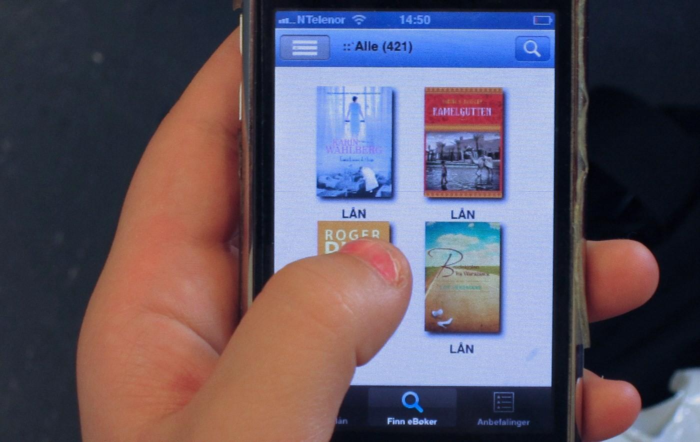 No kan du laste ned e-bøker til PC, nettbrett eller telefon.   Foto: SF/Steinar Hasselø
