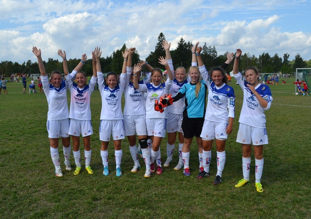 Norway Cup dag 4; J16 klare for 1/16-finale