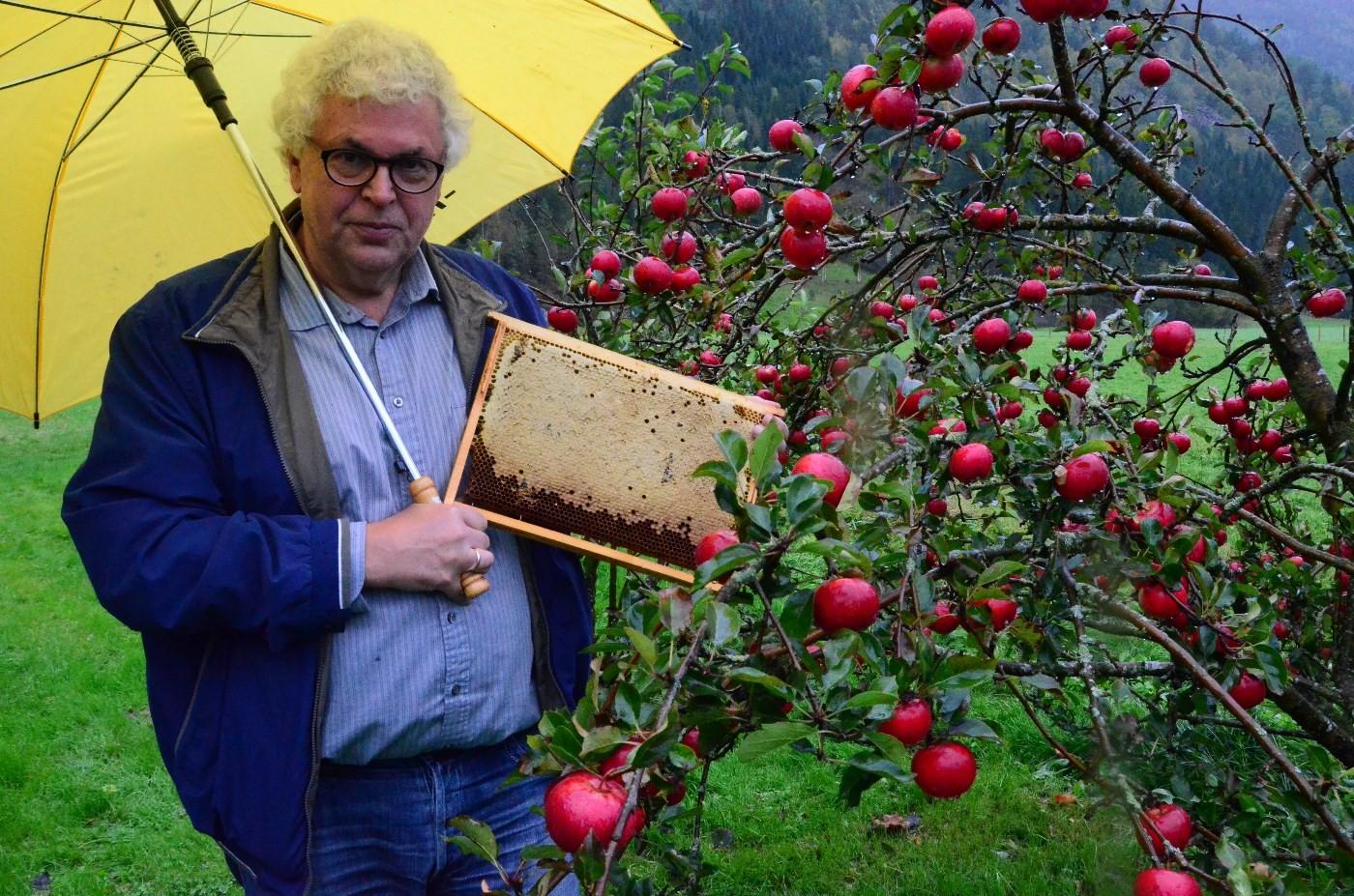 No blir det meir tid til bier og hagearbeid for Anders.  Foto: Jon Olav Ørsal