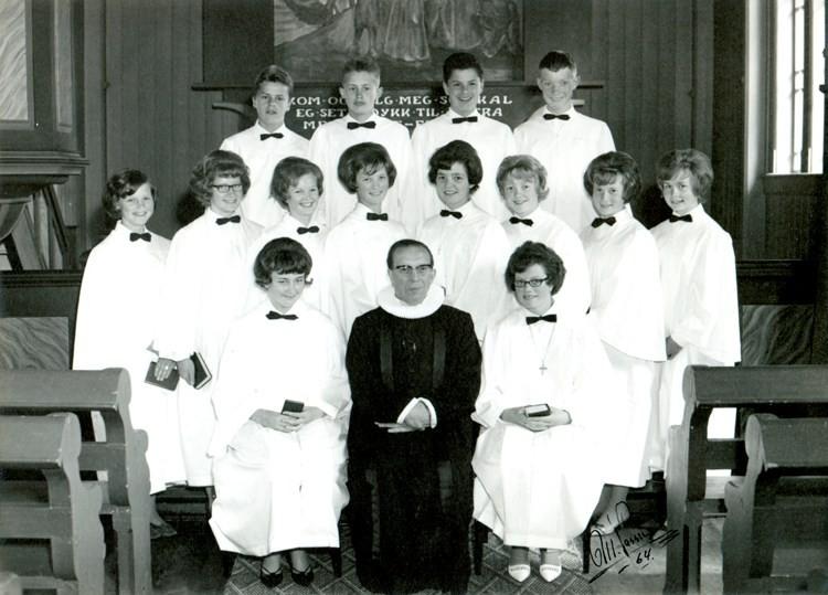 Konfirmantar i todalen kyrkje i 1964.  Foto: M.Vassli