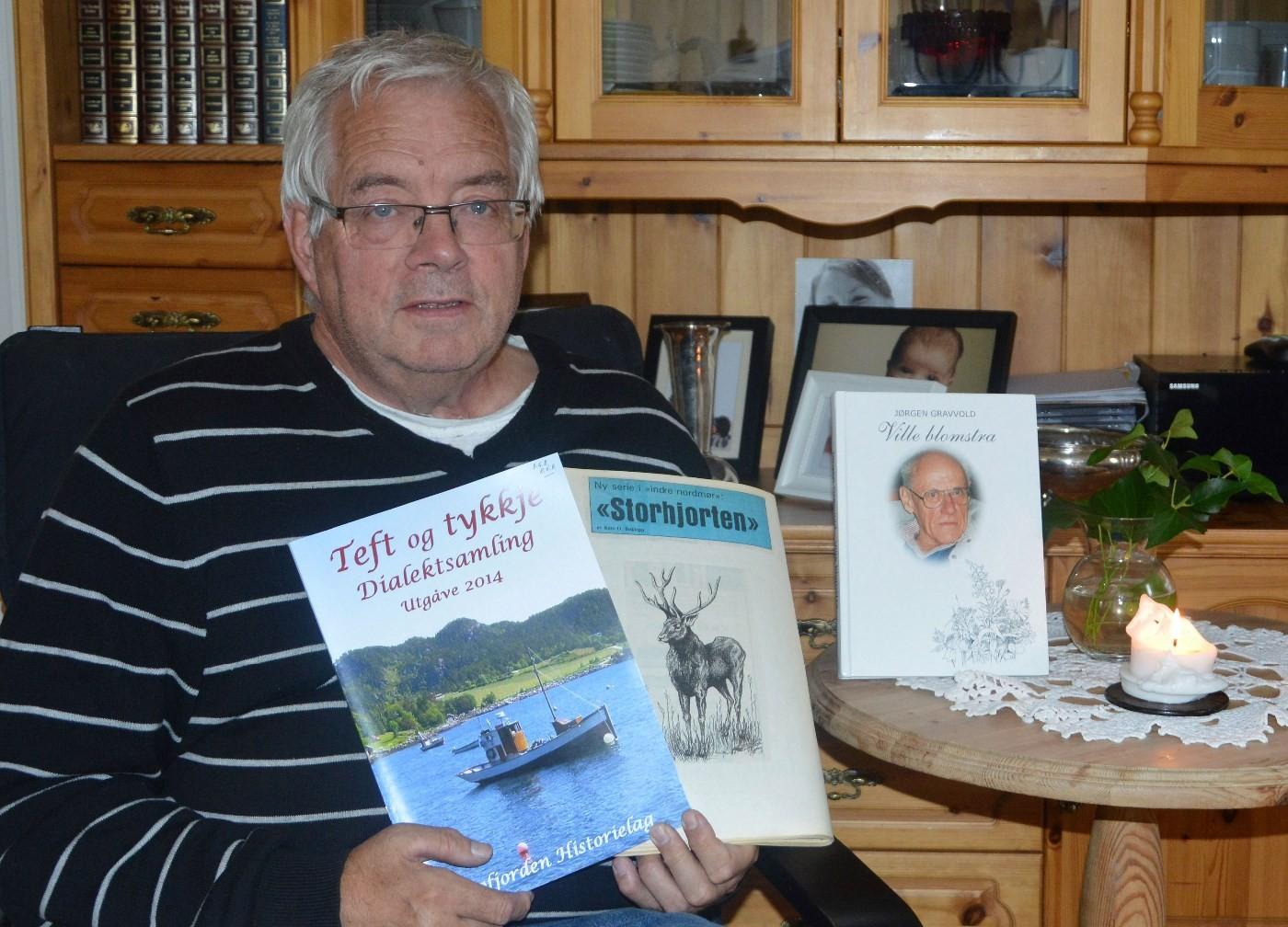 Gunnvald er svert aktiv i Bøfjord historielag og ein habil skribent.  Foto: Bernt Bøe