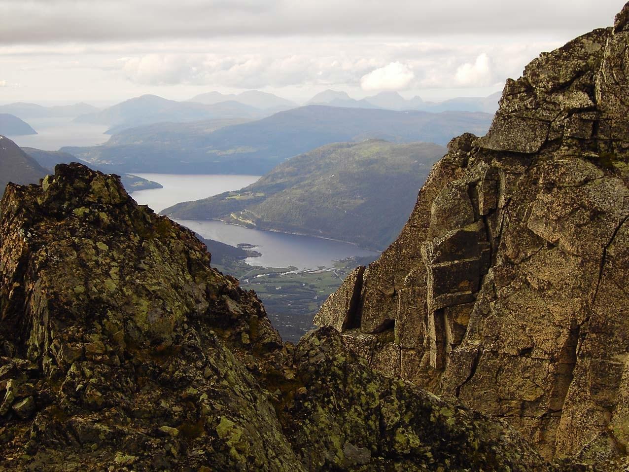 Månadens bilete: Utsikt frå Skjerdingfjellet