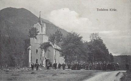 17 Todalen kyrkje (1905)