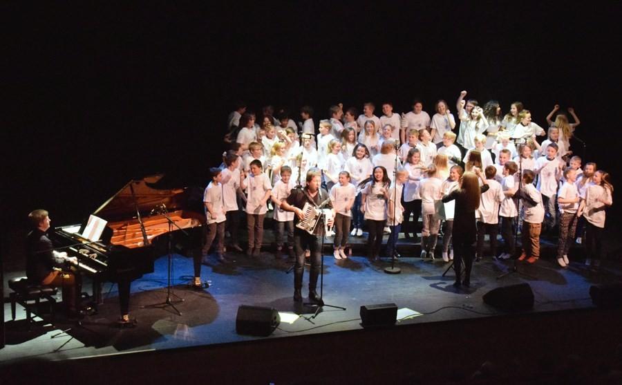Give me 5-koret saman med Bjarne Brøndbo.  Foto: Jon Olav Ørsal