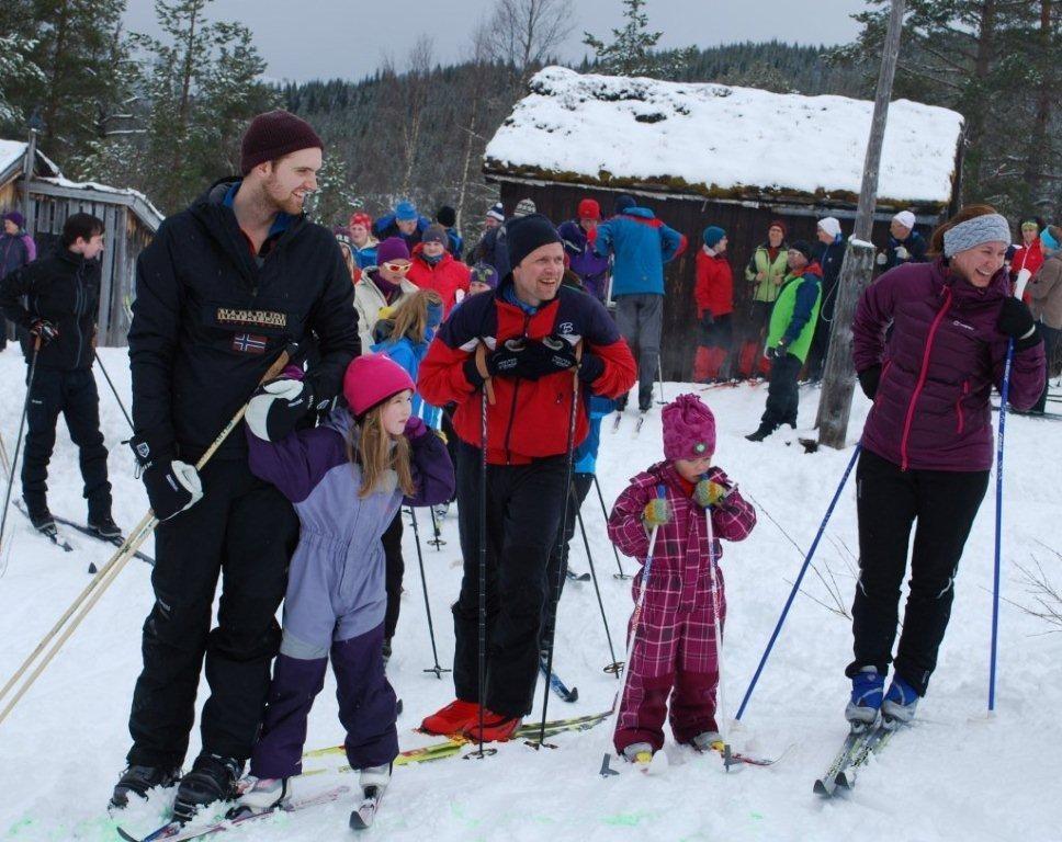 Store og små deltakere på Seterrennet.  Foto: Sverre Kjølstad