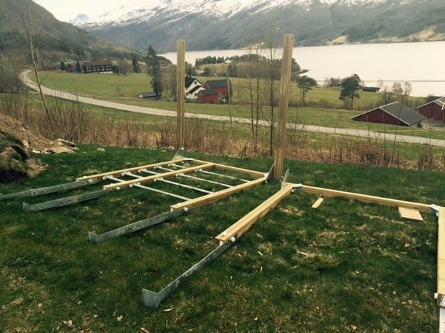 Dugnad  og  litt  fornying  på  Nordvik