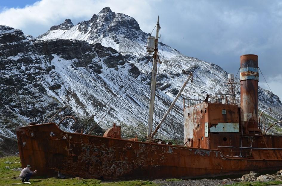 LOL_hvalfangstskuter ved Grytviken_L
