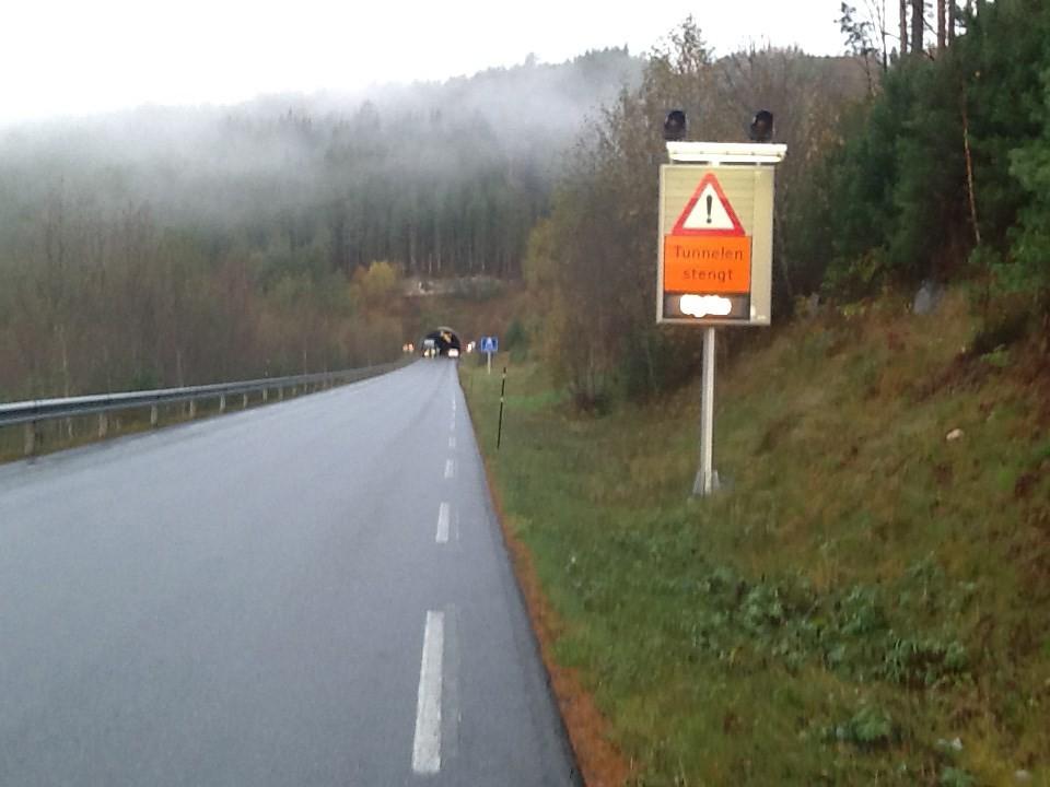 Varselskilt på Todalssida.  Arkivfoto Jon Olav Ørsal