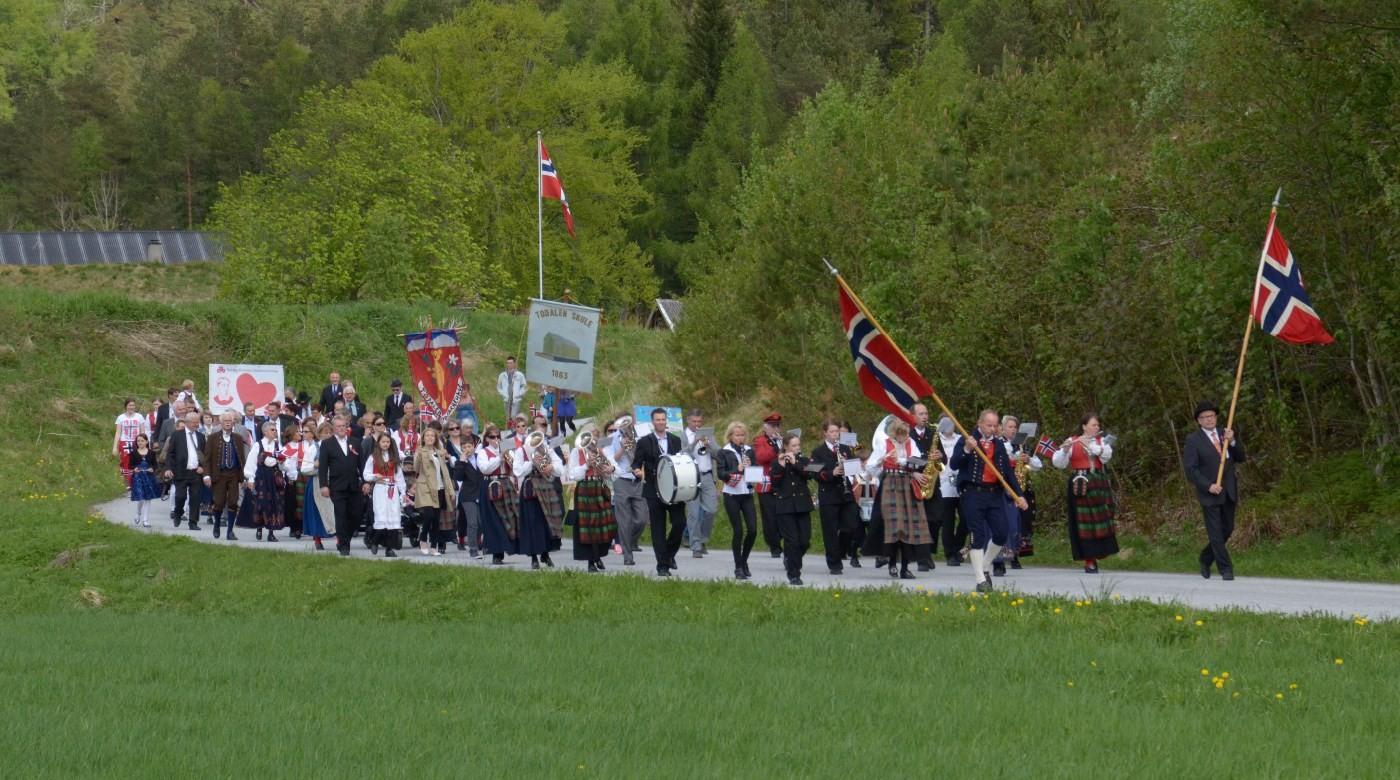 Folketoget i Todalen i 2014- arkivfoto: Jon Olav Ørsal