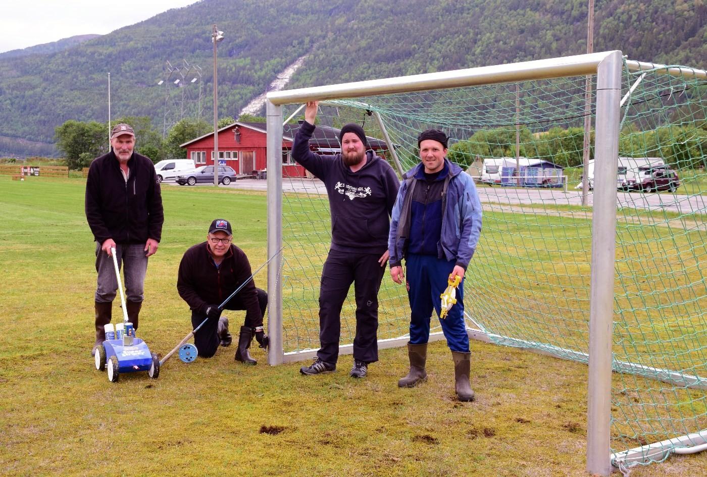 Banemerking fredag ettermiddag - frå venstre Nils Øyen, Terje Nordvik, Espen Husby og Håvard Halset.   foto: Jon Olav Ørsal