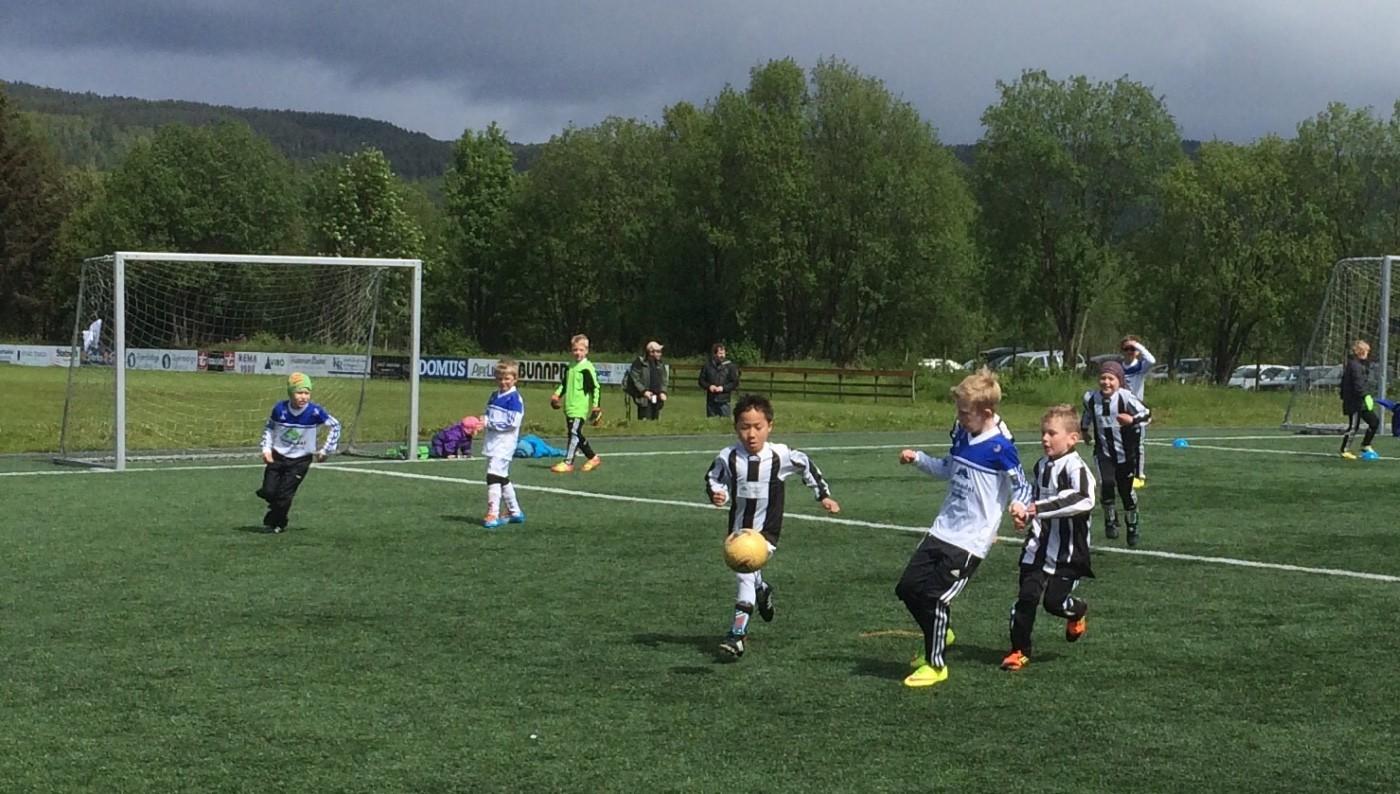 Todalsknøttar i årets første cup