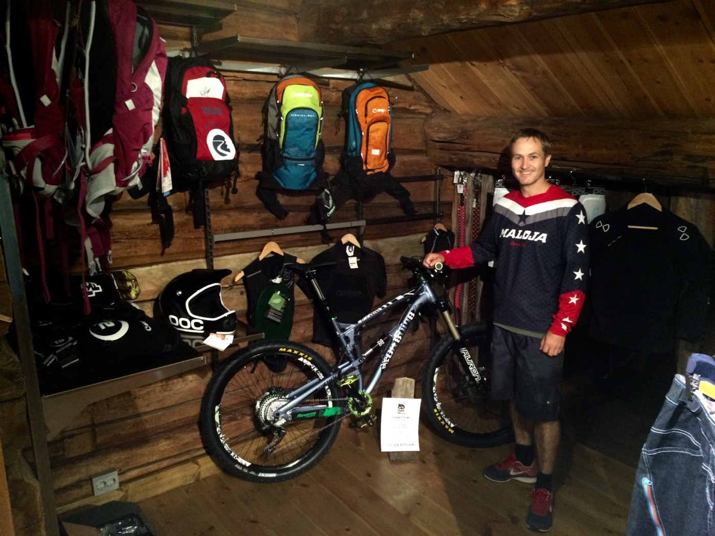 Kårvatn Fjellutstyr – no også med sykkel på topptur!