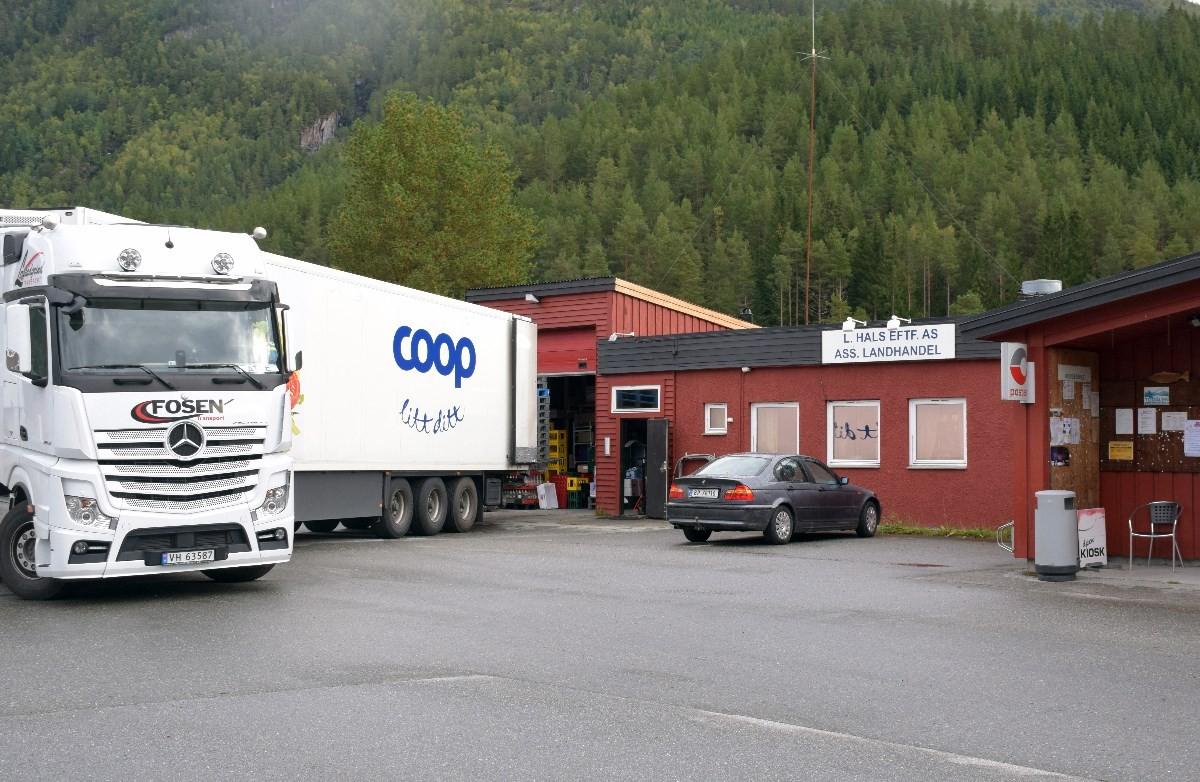 Coopbilen har starta levering til Matkroken Todalen.  Footo; Jon Olav Ørsal