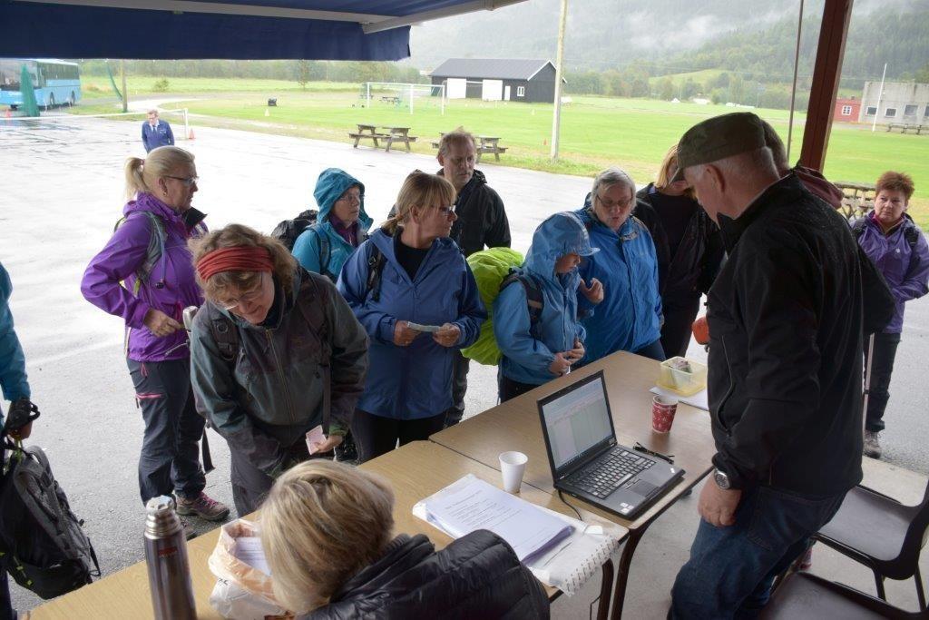 Påmelding på bordholmen for den første pulja.  Foto. Jon Olav Ørsal