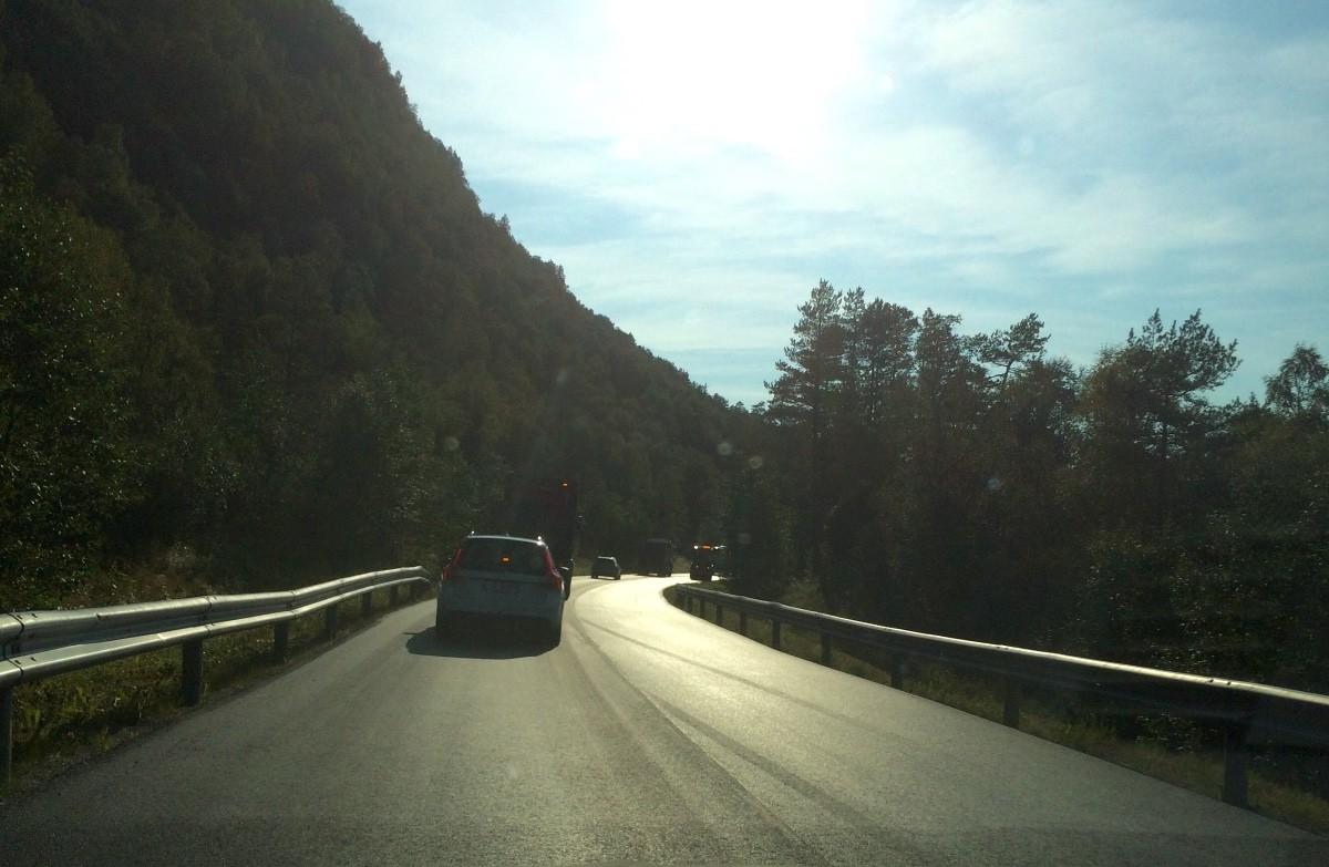 Eit lite stykke…ny asfalt