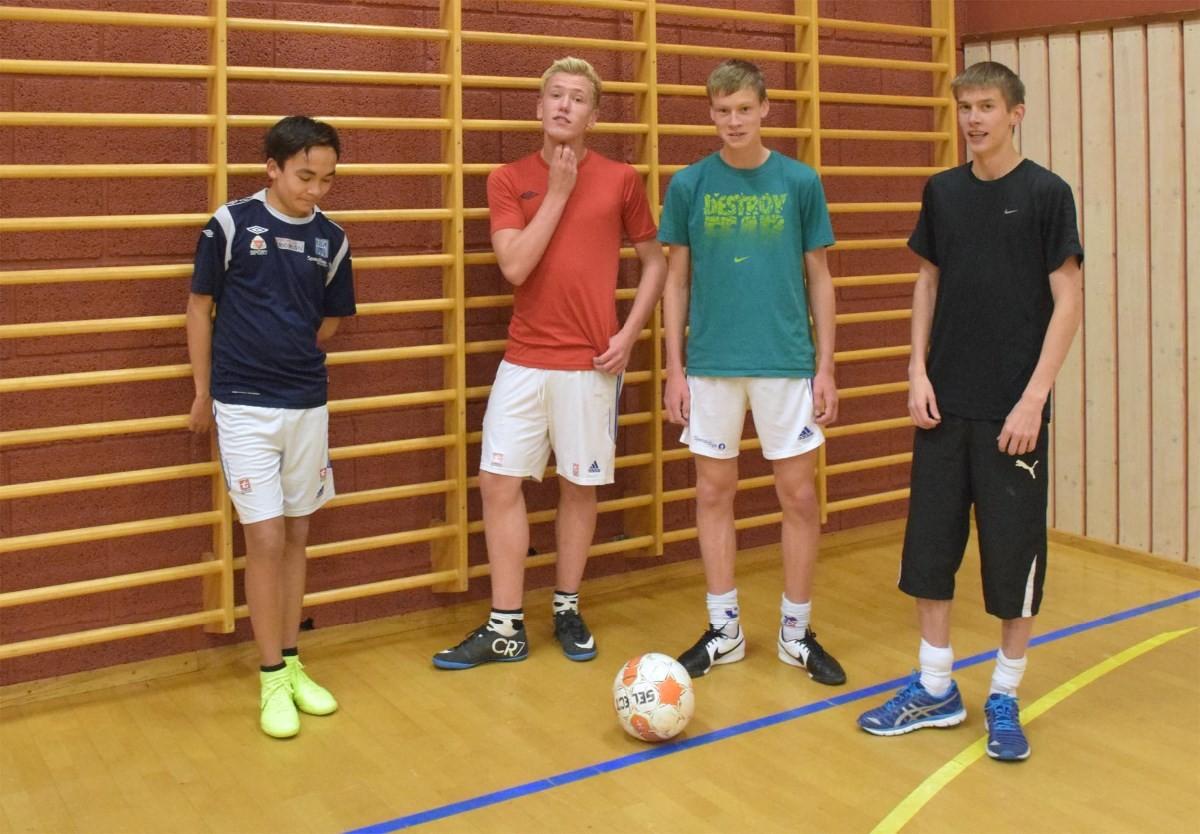 Vi håper fleire blir med på trimmen, seier Kevin Anders, Frikk, Steinar og Stian.   Foto: Jon Olav Ørsal