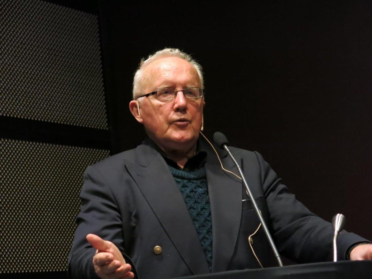 Per Egil Hegge heldt eit svært godt og interessant foredrag. Foto: D.J.H